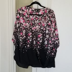 INC top size 3x black pink flowers